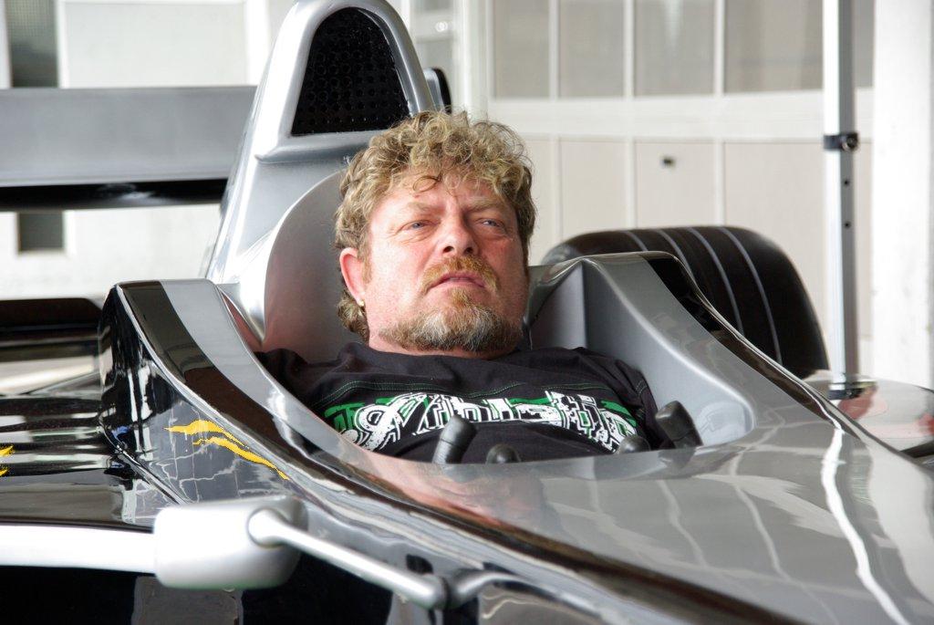 F1 Rennsimulator schwarz silber